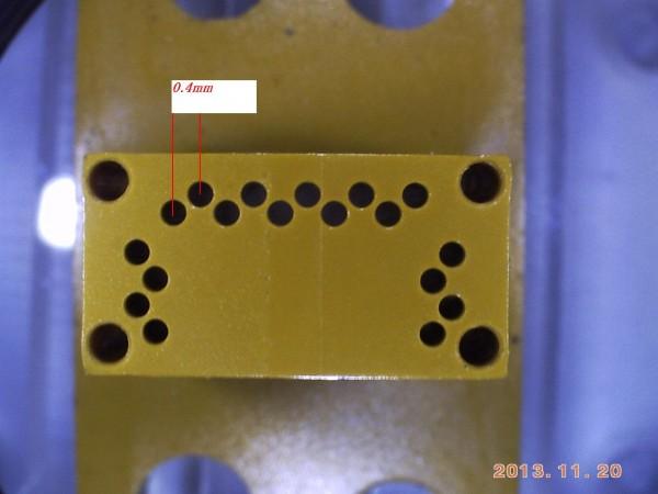1Tiポリマー φ0.42 ピッチ0.4 深さ10mm通し